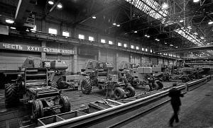 история создания ленточного конвейера